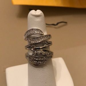 Bundle of 5 rings/new listing FREE bonus ring